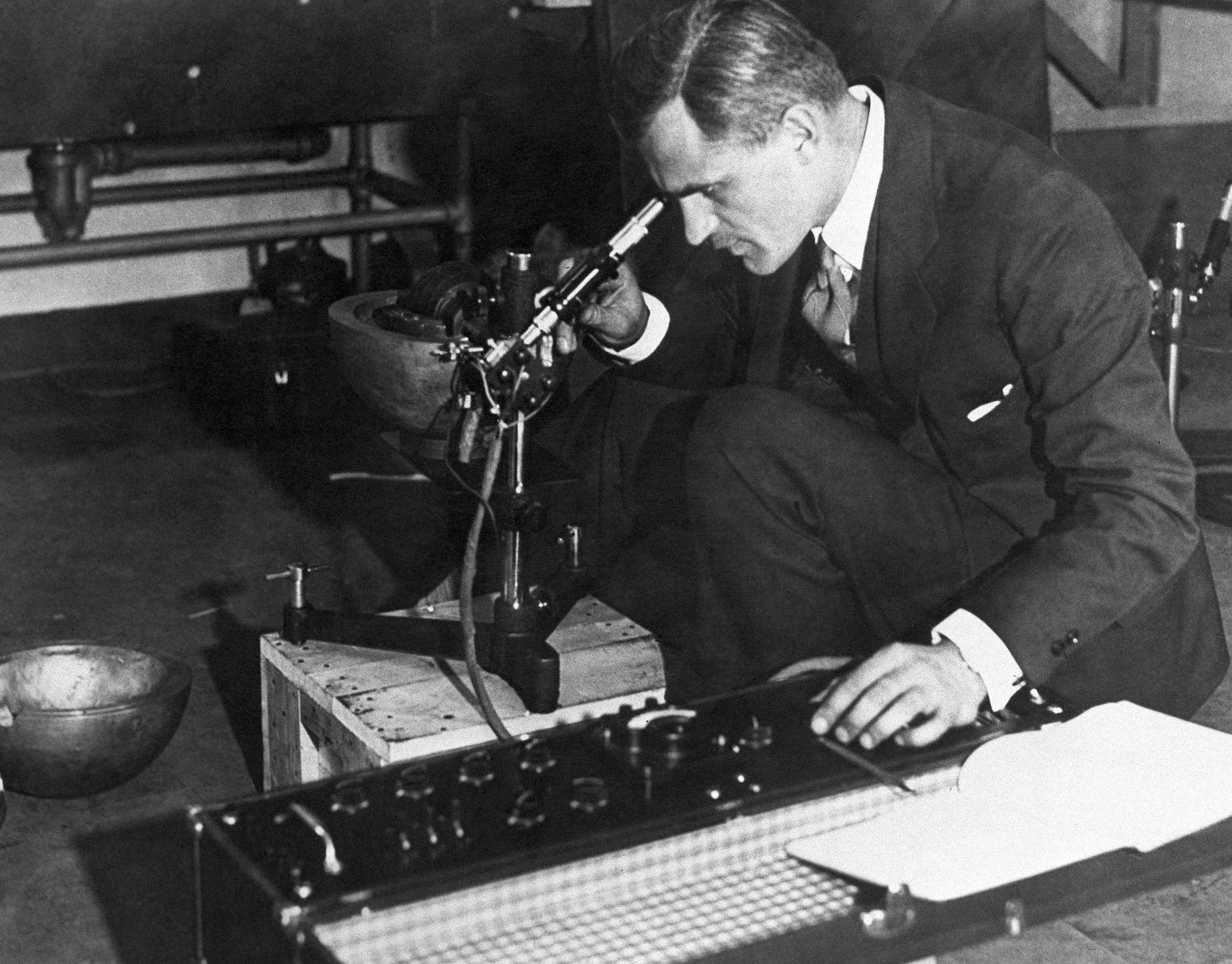 A Century of Quantum Physics: Arthur Compton